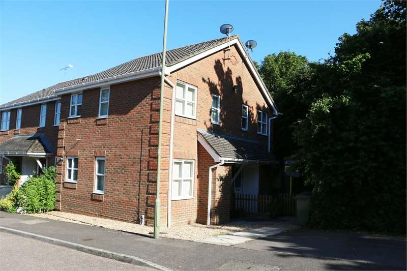 1 Bedroom Terraced House for sale in Town Centre, BASINGSTOKE
