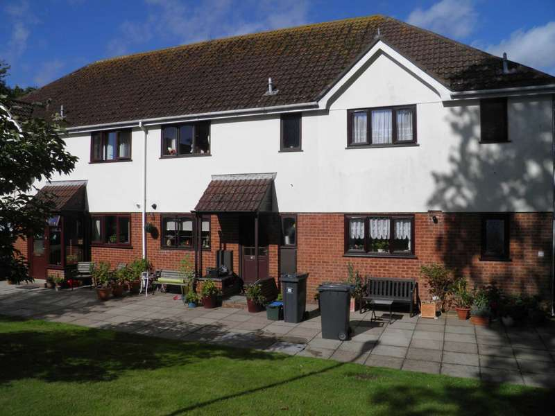 3 Bedrooms Terraced House for sale in Drakes Gardens, Exmouth