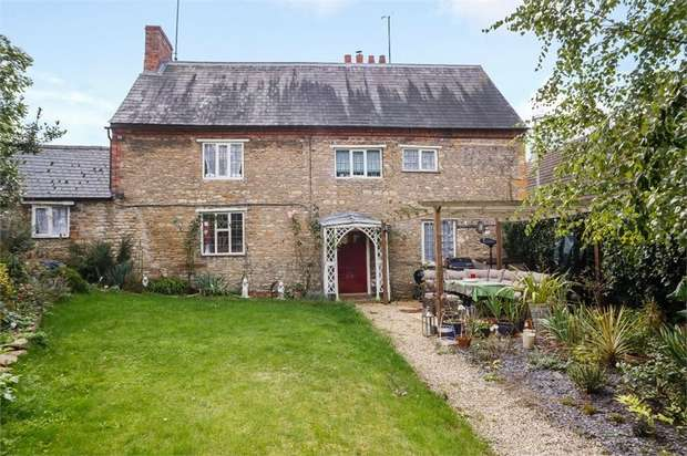 3 Bedrooms Link Detached House for sale in High Street, Wollaston, Wellingborough, Northamptonshire