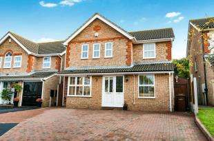 4 Bedrooms Detached House for sale in Friston Way, Rochester, Kent