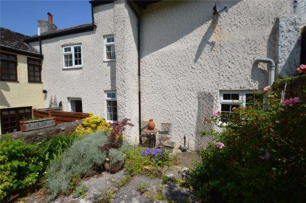 2 Bedrooms Terraced House for sale in Combeinteignhead, Newton Abbot, Devon