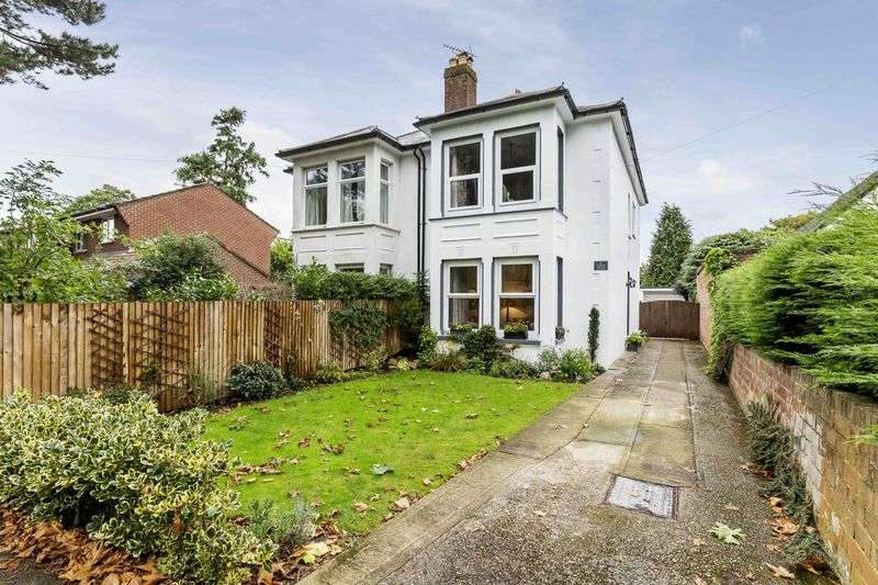 3 Bedrooms Semi Detached House for sale in First Avenue, Denvilles, Havant