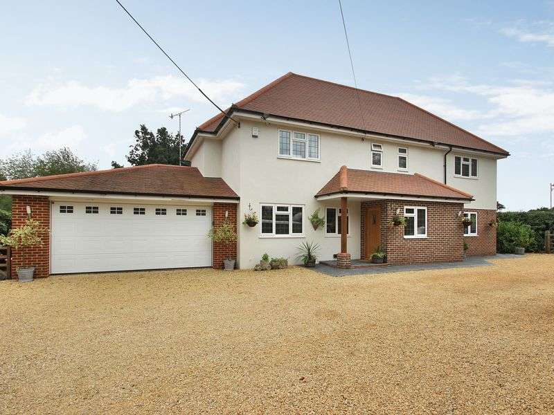 4 Bedrooms Detached House for sale in Hare Lane, Blindley Heath, Lingfield, Surrey