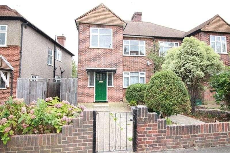 2 Bedrooms Flat for sale in Martin Way, MORDEN, Surrey