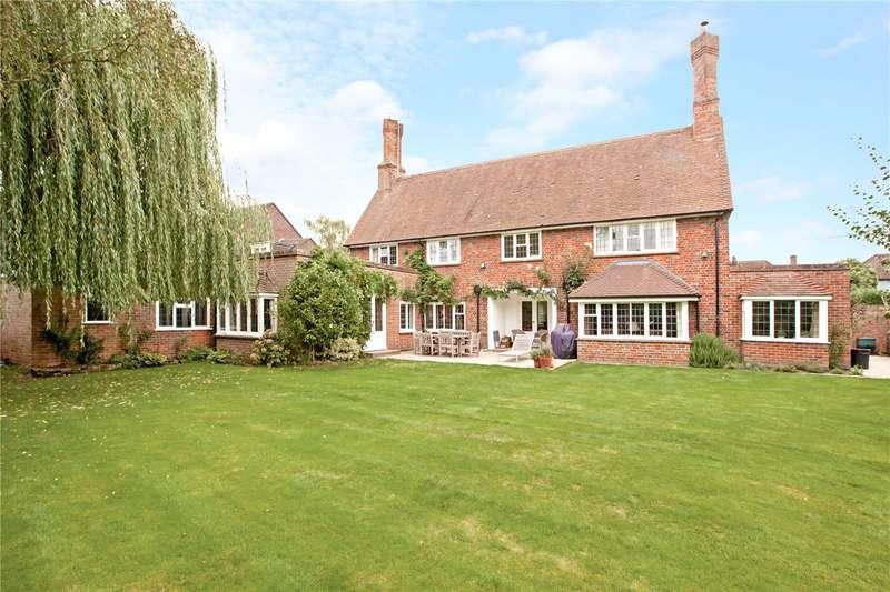5 Bedrooms Detached House for sale in Lock Road, Marlow, Buckinghamshire, SL7