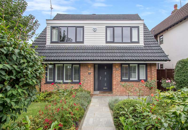 3 Bedrooms Detached House for sale in Beatrice Road, Oxted, RH8