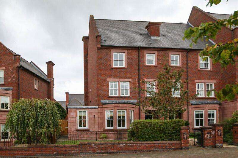 5 Bedrooms Property for sale in Stansfield Drive, Grappenhall Heys, WARRINGTON, WA4