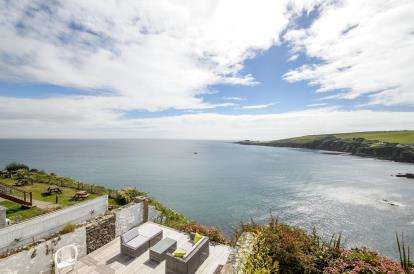 4 Bedrooms Terraced House for sale in Mevagissey, St. Austell, Cornwall