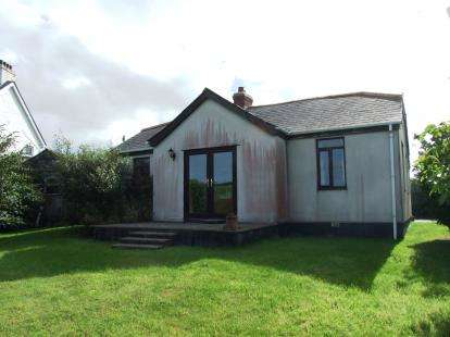 3 Bedrooms Bungalow for sale in Nr Treyarnon Bay, Padstow, Cornwall