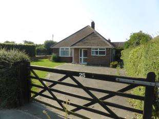 2 Bedrooms Bungalow for sale in Dunstall Lane, St. Marys Bay, Romney Marsh, Kent