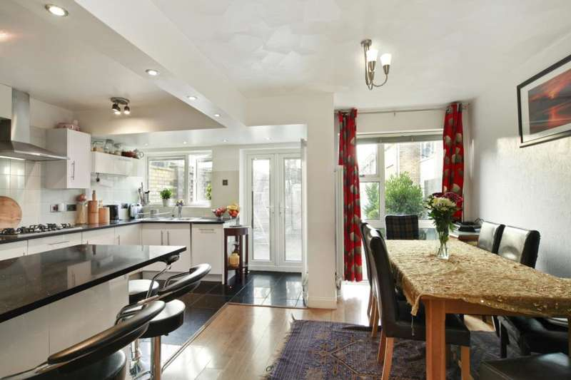 5 Bedrooms End Of Terrace House for sale in Templewood, London, W13