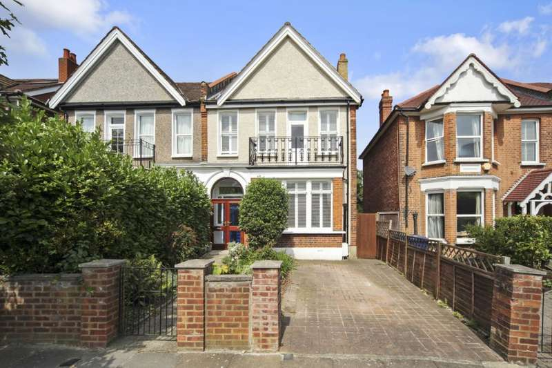 6 Bedrooms House for sale in Buxton Gardens, London, W3