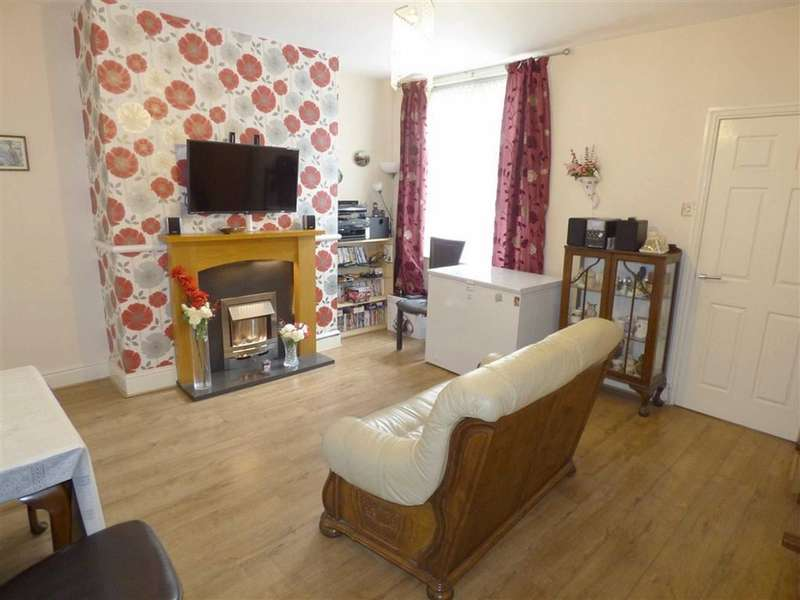 2 Bedrooms Property for sale in Milnrow Road, Rochdale, Lancashire, OL16