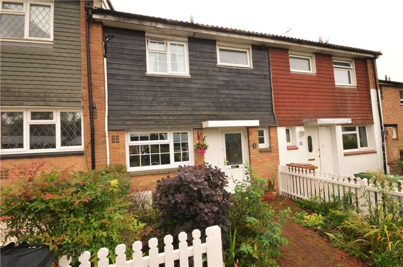 3 Bedrooms Terraced House for sale in Birch Walk, Grove Road, Borehamwood, Hertfordshire, WD6