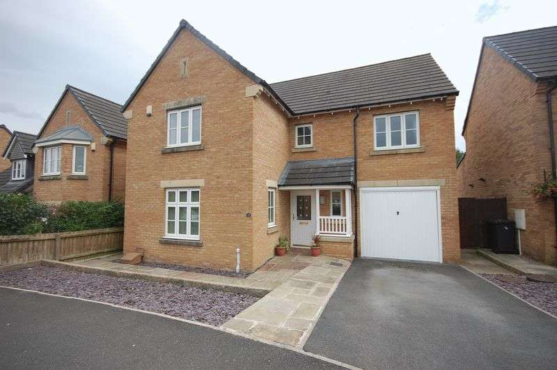 4 Bedrooms Detached House for sale in Valley Road, Glossop