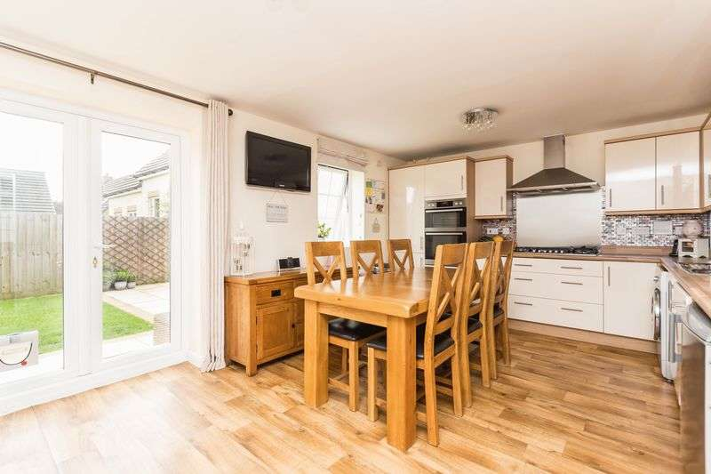 4 Bedrooms Semi Detached House for sale in Lower Trindle Close, Chudleigh, Newton Abbot