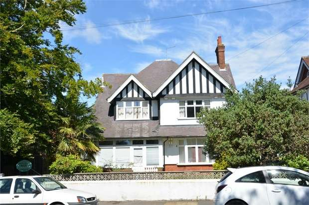 13 Bedrooms Commercial Property for sale in Beechey Road, East Common, Bournemouth