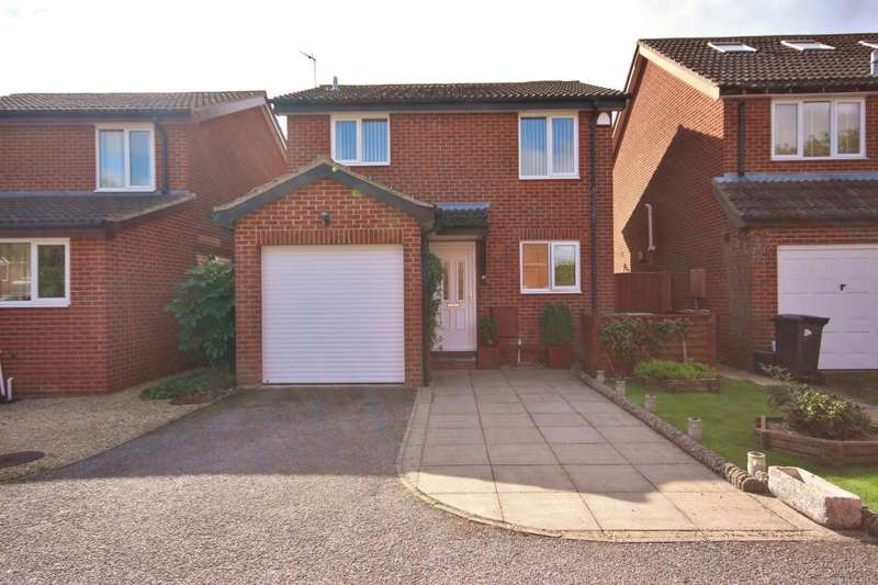 4 Bedrooms Detached House for sale in Blenheim Gardens, Grove, Wantage, OX12