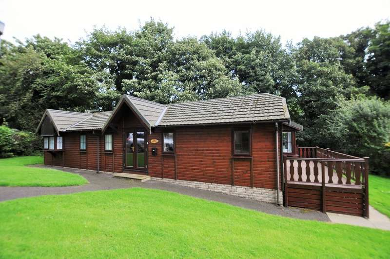 2 Bedrooms Mobile Home for sale in Deene Cottage Lodge
