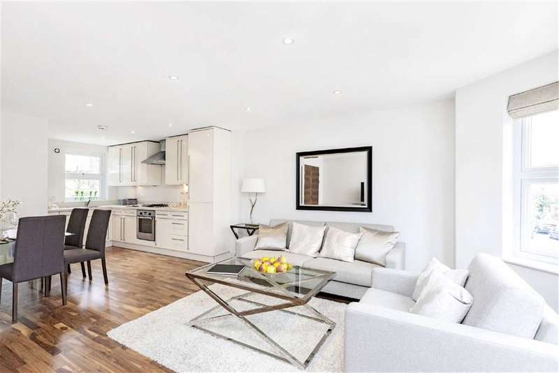 2 Bedrooms Flat for sale in Corrance Road, LONDON