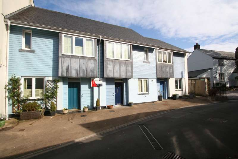 3 Bedrooms Terraced House for sale in 1 Burns Cottages, Burns Lane, Modbury, Devon