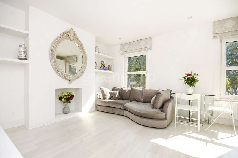1 Bedroom Flat for sale in Mansfield Road, Belsize Park, London, NW3