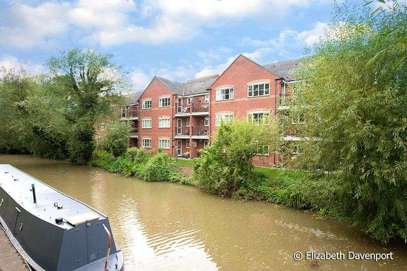 2 Bedrooms Flat for sale in Coney Lane, Hawkesbury Village, Coventry