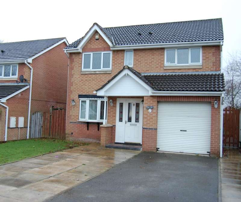 4 Bedrooms Detached House for sale in St James Rise, Wakefield
