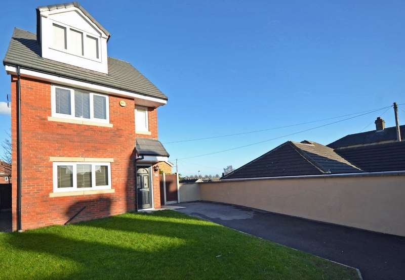 3 Bedrooms Detached House for sale in Dewsbury Road, Ossett