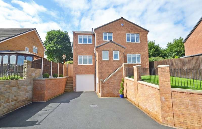 4 Bedrooms Detached House for sale in Teall Street, Ossett