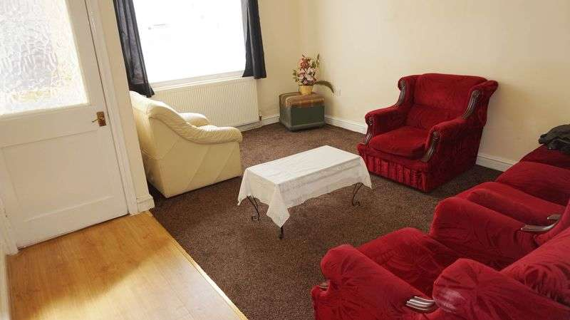 2 Bedrooms Terraced House for sale in Beaconsfield Street, Bolton