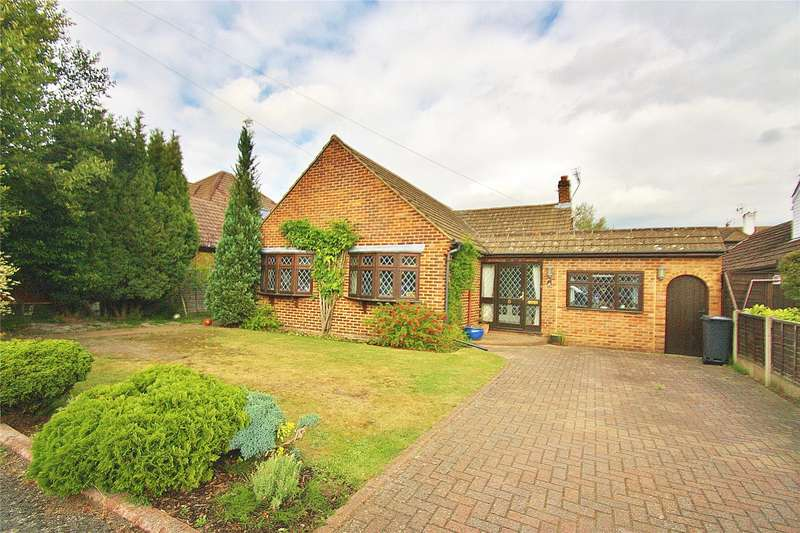 4 Bedrooms Bungalow for sale in Cuckoo Vale, West End, Woking, Surrey, GU24
