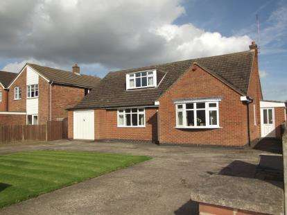 4 Bedrooms Bungalow for sale in Whitehill Road, Ellistown, Coalville