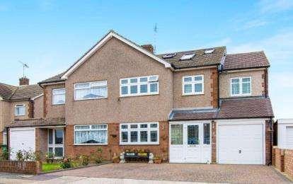 5 Bedrooms Semi Detached House for sale in Rainham, Essex, .