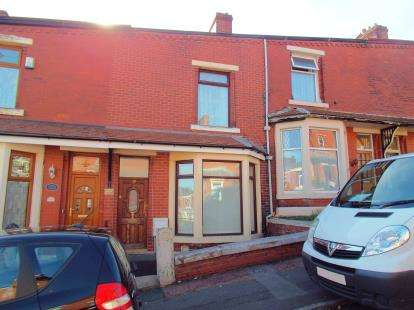 3 Bedrooms Terraced House for sale in Lynwood Road, Blackburn, Lancashire, BB2
