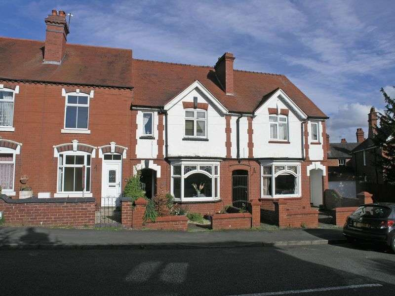4 Bedrooms Semi Detached House for sale in STOURBRIDGE, WOLLASTON, Bridle Road