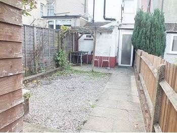2 Bedrooms House for sale in Judge Street, WD24