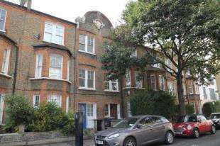 3 Bedrooms Flat for sale in Aristotle Road, Clapham, London, .
