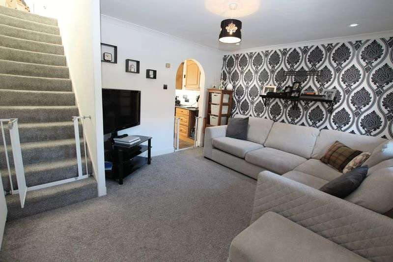 2 Bedrooms Semi Detached House for sale in 10 Kelstern Close, Lincoln