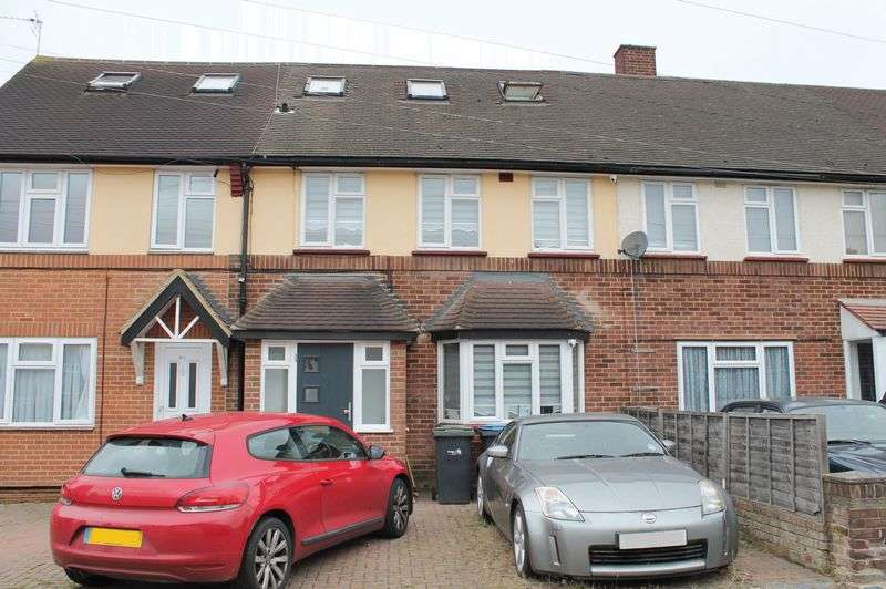 5 Bedrooms Terraced House for sale in Boleyn Avenue, Enfield