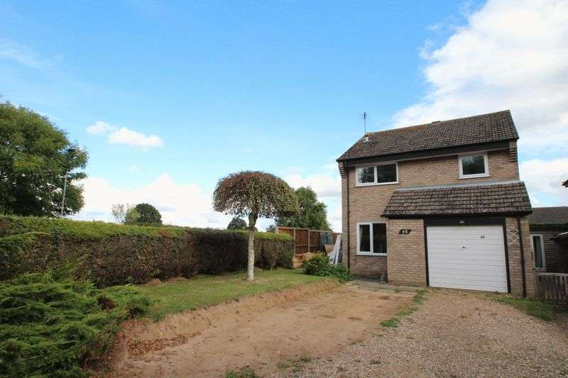 3 Bedrooms Detached House for sale in Brundall, NR13
