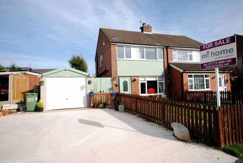 3 Bedrooms Semi Detached House for sale in Hawthorne Avenue, Newton