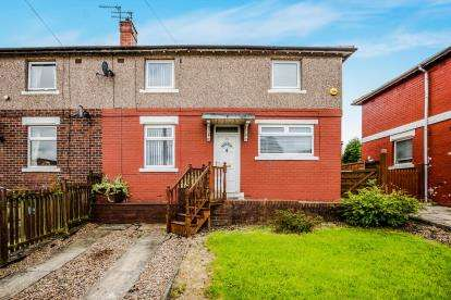 3 Bedrooms Semi Detached House for sale in Crawford Avenue, Bradford, West Yorkshire, Yorkshire