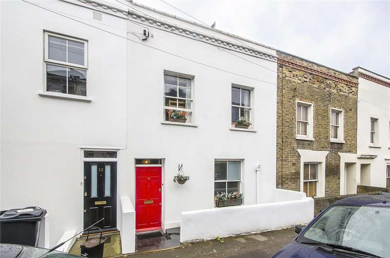 3 Bedrooms Terraced House for sale in Birkbeck Place, London, SE21