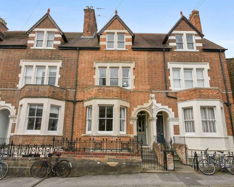 4 Bedrooms Terraced House for sale in Longworth Road, Oxford