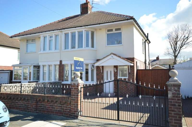 3 Bedrooms Semi Detached House for sale in Westby Avenue, Blackpool