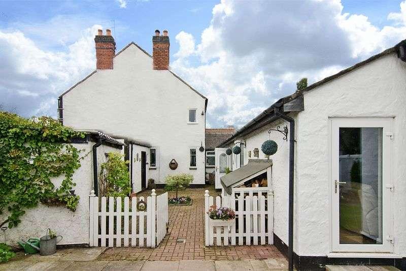 4 Bedrooms Detached House for sale in Wolverhampton Road, Wedges Mills, Cannock