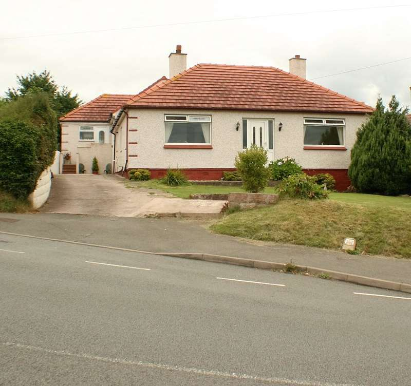 5 Bedrooms Detached House for sale in Berth Y Glyd Road, Colwyn Bay, Conwy, LL29 9HT