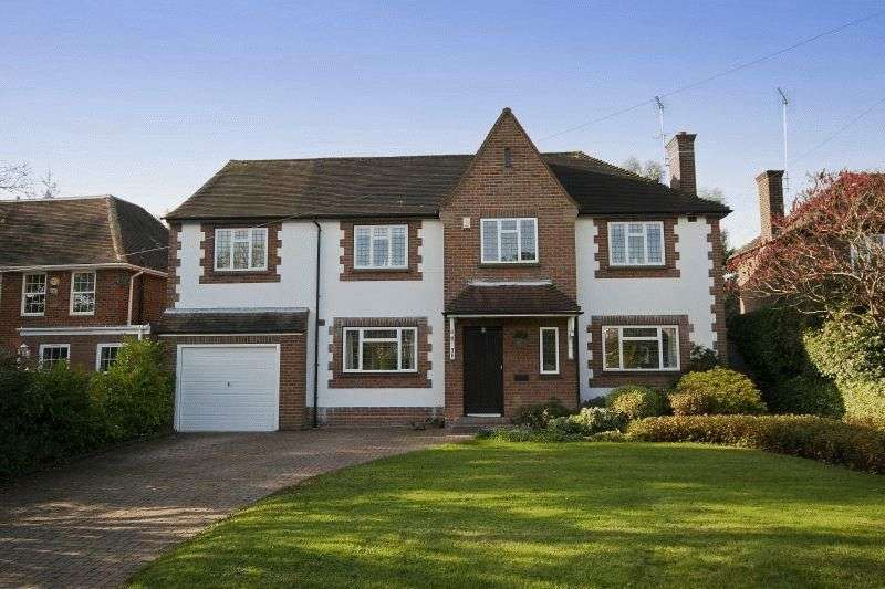 5 Bedrooms Detached House for sale in Elgood Avenue, Northwood, Middlesex