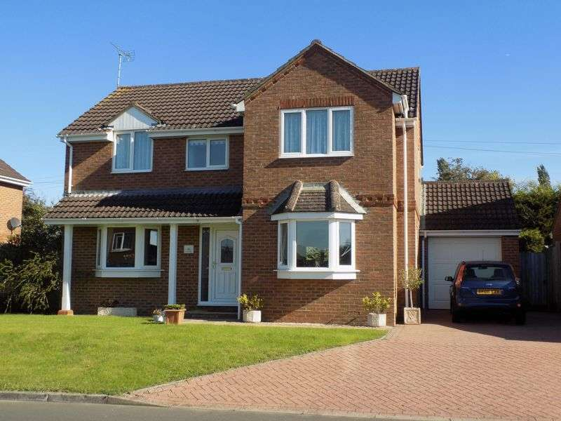 4 Bedrooms Detached House for sale in Marlowe Way, Royal Wootton Bassett